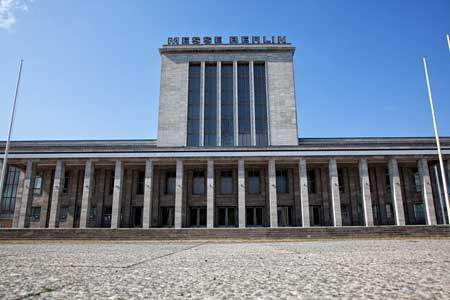 Ns architektur in berlin 40 kurzbeschreibungen zu bauten for Architektur ns zeit