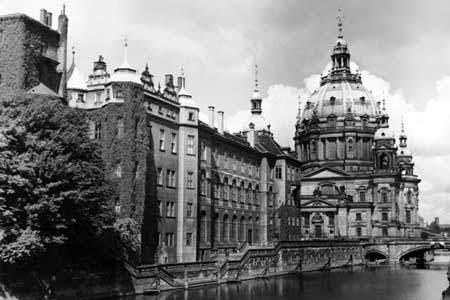 Schlossplatz / Stadtschloss / Sehenswürdigkeiten Berlin