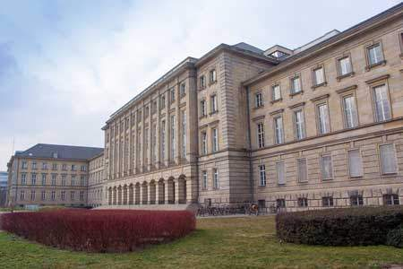 German Council of Municipalities / Nazi Architecture